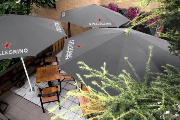 2.5m aluminium printed parasols branded